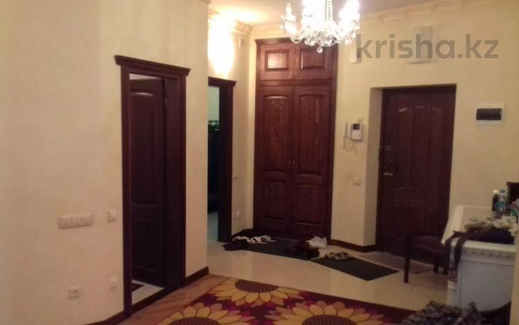 4-комнатная квартира, 190 м², 4/12 этаж, Кунаева за 69 млн 〒 в Нур-Султане (Астана), Есиль р-н