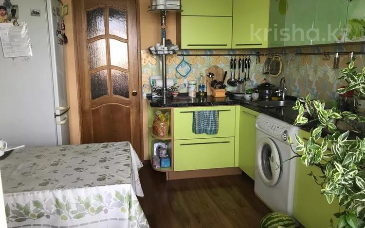 3-комнатная квартира, 72 м², 5/5 этаж, Микрорайон Привокзальный за 14 млн 〒 в Атырау