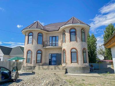 4-комнатный дом, 220 м², 10 сот., Бериктас 63 за 65 млн 〒 в Талдыкоргане