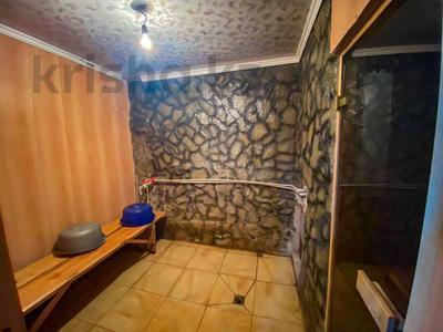4-комнатный дом, 220 м², 10 сот., Бериктас 63 за 65 млн 〒 в Талдыкоргане — фото 24