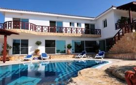 8-комнатный дом, 395 м², 20 сот., Корал Бей, Пафос за 777 млн 〒