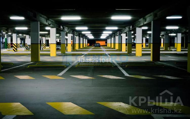 Паркинг за 25 000 〒 в Нур-Султане (Астана), Алматы р-н