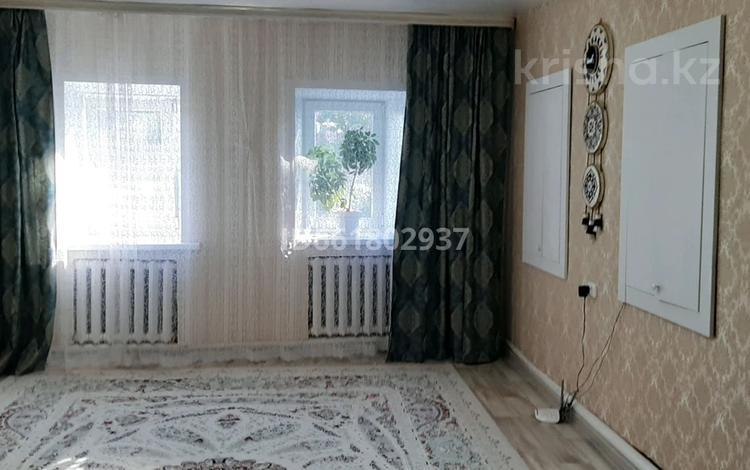 2-комнатный дом, 70 м², 3 сот., улица Жарокова 41 — Карева за 13 млн 〒 в Уральске