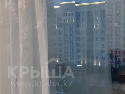 1-комнатная квартира, 50 м², 8/13 этаж, Мәңгілік ел 26б за 20 млн 〒 в Нур-Султане (Астана), Есильский р-н — фото 3