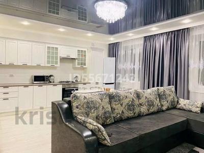 2-комнатная квартира, 69 м², 3 этаж помесячно, мкр Женис за 200 000 〒 в Уральске, мкр Женис — фото 3