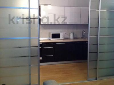 2-комнатная квартира, 80 м², 14/20 этаж посуточно, Кунаева 12 — Акмешит за 13 000 〒 в Нур-Султане (Астана) — фото 3
