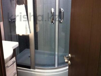 2-комнатная квартира, 80 м², 14/20 этаж посуточно, Кунаева 12 — Акмешит за 13 000 〒 в Нур-Султане (Астана) — фото 7