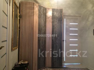 2-комнатная квартира, 80 м², 3/5 этаж посуточно, мкр Нурсат 89 за 8 000 〒 в Шымкенте, Каратауский р-н — фото 2