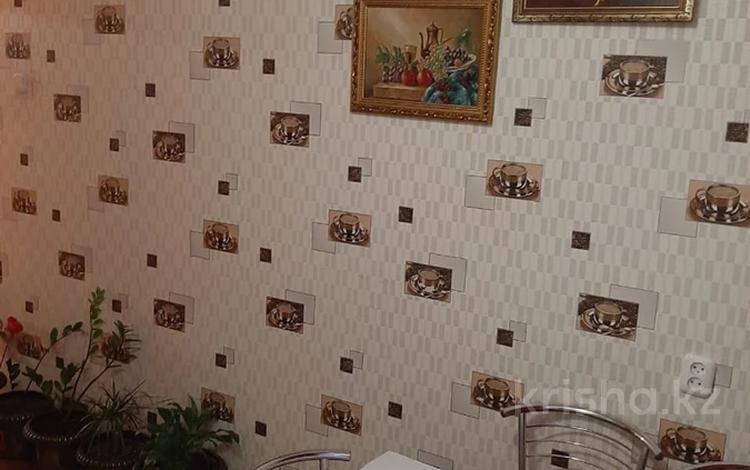 3-комнатная квартира, 62 м², 5/5 этаж, мкр Северо-Восток за 16.2 млн 〒 в Уральске, мкр Северо-Восток