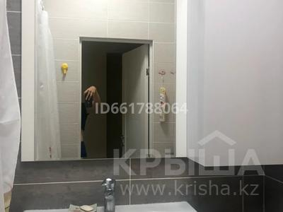 1-комнатная квартира, 40 м², 7/21 этаж посуточно, Туркестан 14/а за 10 000 〒 в Нур-Султане (Астана), Есиль р-н — фото 5