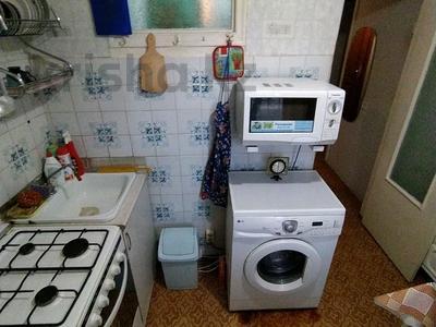 2-комнатная квартира, 48 м², 1/5 этаж помесячно, Кривогуза 21 за 80 000 〒 в Караганде, Казыбек би р-н — фото 7