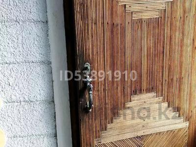 7-комнатный дом, 126.6 м², 7 сот., Переулок лисаковского 7 — Менделеева за 29.5 млн 〒 в Алматы