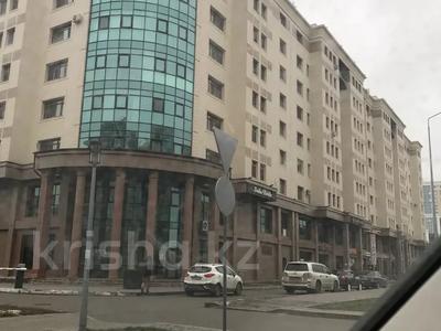 3-комнатная квартира, 95 м², 9/9 этаж, Мангилик Ел 27 за 40 млн 〒 в Нур-Султане (Астана), Есиль