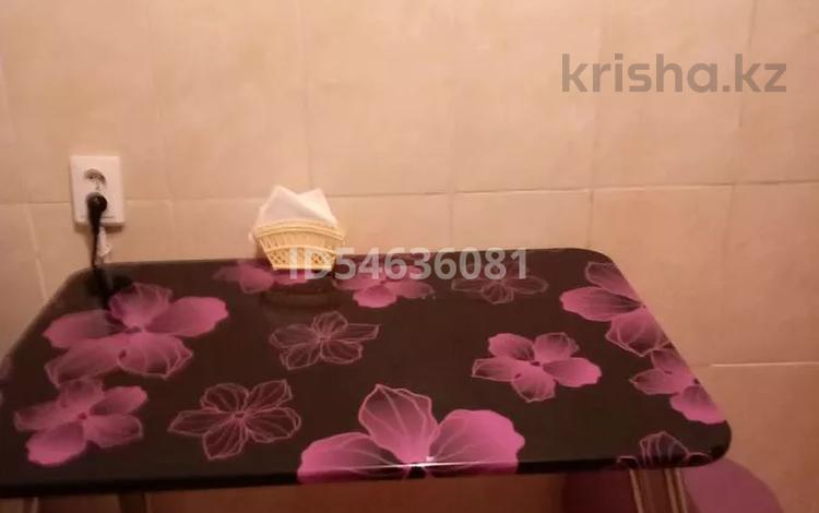 1-комнатная квартира, 36 м², 1/5 этаж посуточно, Абылахана 5 и 6 за 6 000 〒 в Нур-Султане (Астана), Алматы р-н
