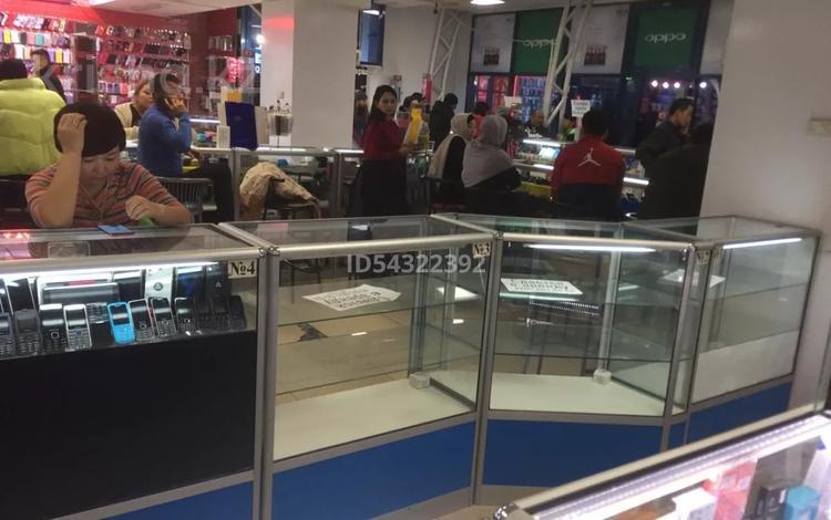 Магазин площадью 2 м², Пушкина 36 — проспект Жибек Жолы за 40 000 〒 в Алматы, Медеуский р-н