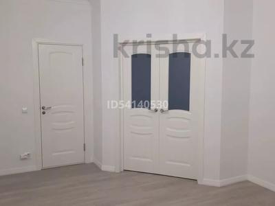 2-комнатная квартира, 90 м², 1/5 этаж, мкр. Батыс-2 за 19.5 млн 〒 в Актобе, мкр. Батыс-2
