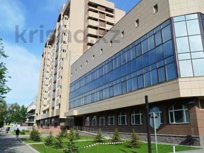Здание, площадью 3915 м², Толе би 298/2 — Утеген батыра за 560 млн 〒 в Алматы, Ауэзовский р-н
