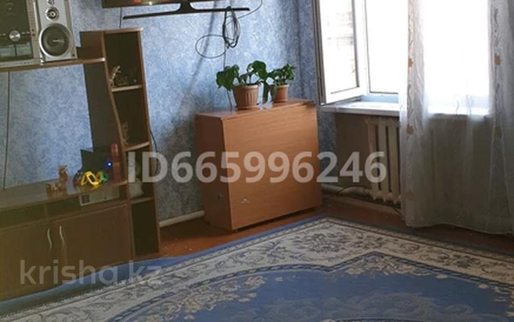 3-комнатная квартира, 68 м², 3/3 этаж, улица Терешковой 6/8 за 5.8 млн 〒 в Семее