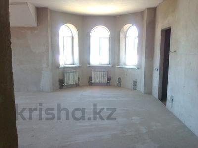 7-комнатный дом, 260 м², 10 сот., Жас Канат за 59 млн 〒 в Алматы, Турксибский р-н