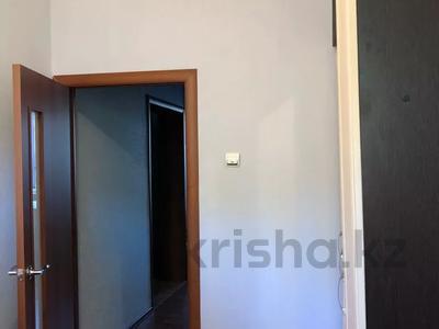 3-комнатная квартира, 64.9 м², 1/2 этаж, Казбекова 30 за 9 млн 〒 в Балхаше — фото 4