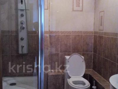 1-комнатная квартира, 52 м², 6/9 этаж по часам, мкр Таугуль, Мустай Карима 12/14 — Саина за 2 000 〒 в Алматы, Ауэзовский р-н — фото 9