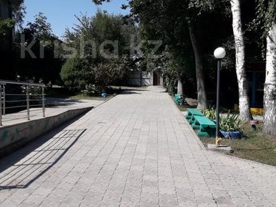 Здание, Касыма Шарипова 47 площадью 942 м² за 2.5 млн 〒 в Алматы — фото 23