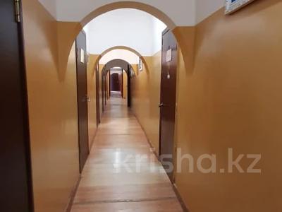 Здание, Касыма Шарипова 47 площадью 942 м² за 2.5 млн 〒 в Алматы — фото 25