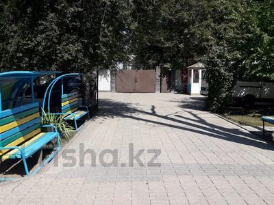 Здание, Касыма Шарипова 47 площадью 942 м² за 2.5 млн 〒 в Алматы — фото 9