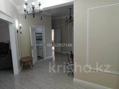 4-комнатный дом помесячно, 200 м², 10 сот., Село Бесагаш за 200 000 〒 в Бесагаш (Дзержинское)