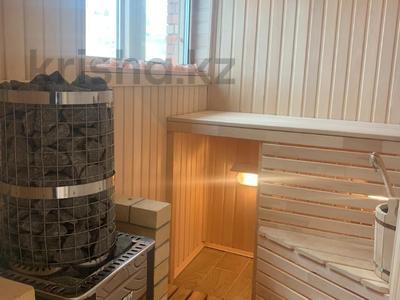 4-комнатный дом помесячно, 378 м², 20 сот., Жанару 688 за 2 млн 〒 в Алматы, Бостандыкский р-н — фото 11