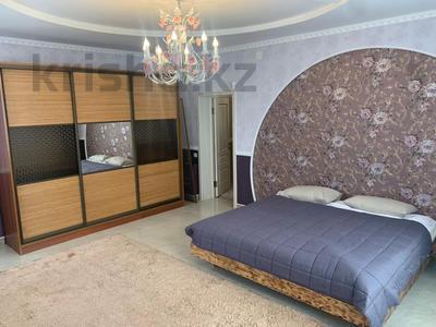 4-комнатный дом помесячно, 378 м², 20 сот., Жанару 688 за 2 млн 〒 в Алматы, Бостандыкский р-н — фото 18