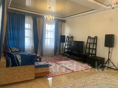 4-комнатный дом помесячно, 378 м², 20 сот., Жанару 688 за 2 млн 〒 в Алматы, Бостандыкский р-н — фото 6