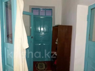 5-комнатный дом, 80 м², 6 сот., Матросова 66 за 7 млн 〒 в Таразе — фото 9