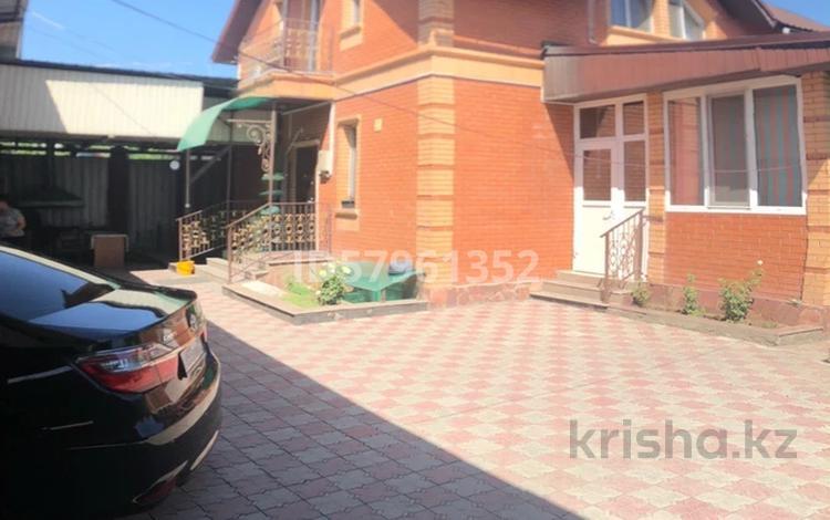 3-комнатный дом, 245 м², 7 сот., Орёл 14 за ~ 47.6 млн 〒 в Енбекши