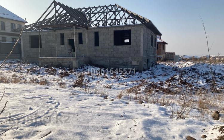 6-комнатный дом, 230 м², 8 сот., мкр Акжар за 20.1 млн 〒 в Алматы, Наурызбайский р-н