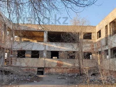 Здание, площадью 2000 м², Восток 1 7 за 60 млн 〒 в Караганде, Октябрьский р-н — фото 3