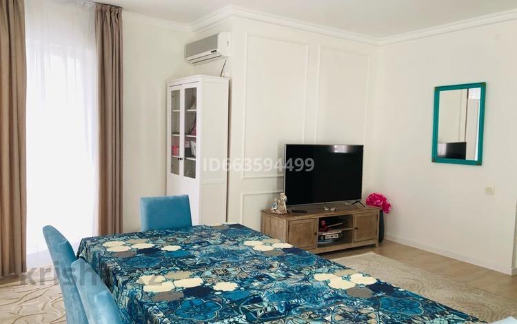 4-комнатная квартира, 132 м², 7/9 этаж, Ул.Жарбосынова 62 за 50 млн 〒 в Атырау