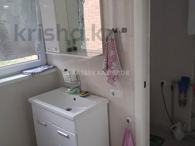 4-комнатный дом, 200 м², 8 сот., мкр Улжан-1 за 42 млн 〒 в Алматы, Алатауский р-н — фото 13