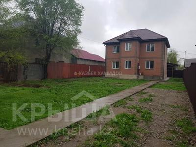 4-комнатный дом, 200 м², 8 сот., мкр Улжан-1 за 42 млн 〒 в Алматы, Алатауский р-н