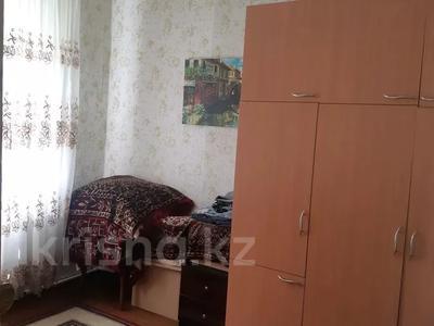 3-комнатный дом, 45 м², 3 сот., Клары Цеткин — Энгельса за 9 млн 〒 в Алматы, Турксибский р-н