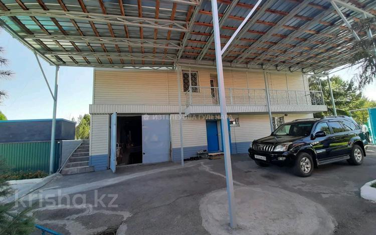 5-комнатный дом, 300 м², 15 сот., Речная улица 1 за 45 млн 〒 в Талдыкоргане