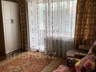 1-комнатная квартира, 35 м², 2 этаж посуточно, Центр,ЦУМ ул.Мира 87 87 за 6 000 〒 в Петропавловске — фото 3