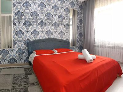 2-комнатная квартира, 55 м², 10/12 этаж по часам, Айманова 140 — Сатпаева за 2 000 〒 в Алматы, Бостандыкский р-н