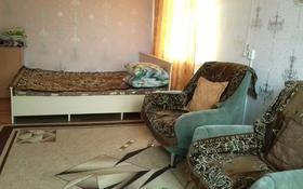 1-комнатная квартира, 36 м², 4/5 этаж по часам, Мухита 127 за 1 000 〒 в Уральске