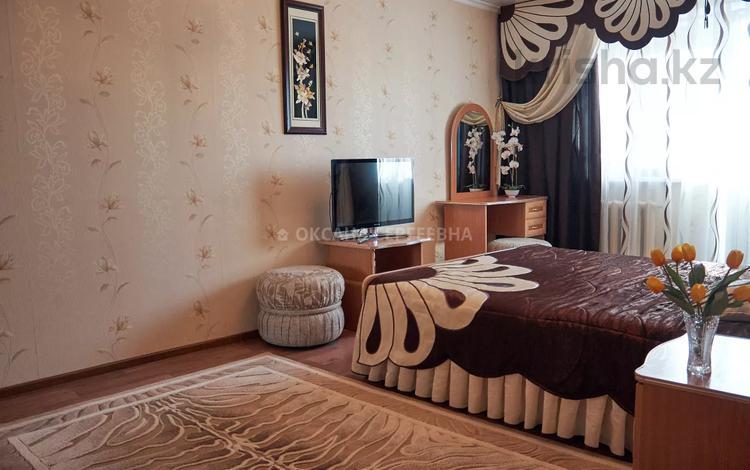1-комнатная квартира, 50 м², 5/5 этаж посуточно, Каирбаева за 6 000 〒 в Павлодаре