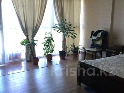 5-комнатная квартира, 211 м², 3/10 этаж, Сарайшык 34 за 62 млн 〒 в Нур-Султане (Астана), Есиль р-н