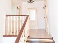 6-комнатный дом, 230 м², 10 сот.