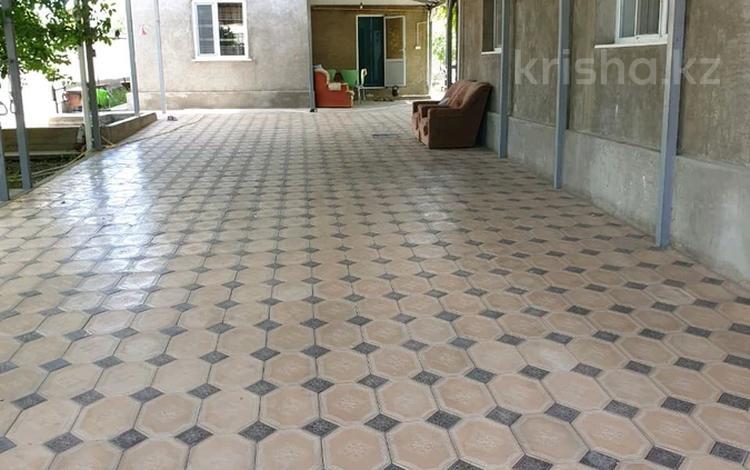 7-комнатный дом, 250 м², 10 сот., Самал-1 210 — Жандосова за 42 млн 〒 в Шымкенте