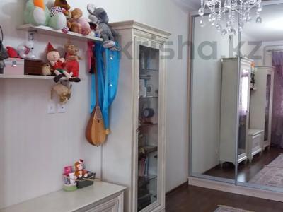 5-комнатная квартира, 170 м², 6/9 этаж, Мангилик Ел за 70 млн 〒 в Нур-Султане (Астана), Есиль р-н — фото 2