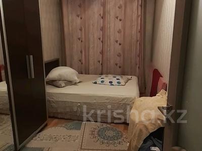 3-комнатная квартира, 68.5 м², 1/5 этаж, 18 мкр 25 — Рыскулова за 16 млн 〒 в Шымкенте, Енбекшинский р-н — фото 3